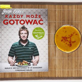 Zupa ze słodkich ziemniaków i chorizo
